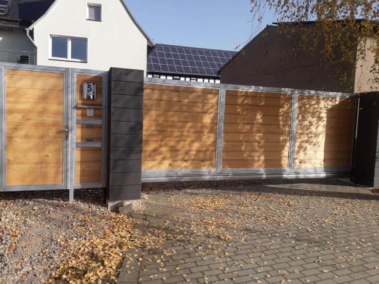 Tor aus Holz und Metall - Metallbau Polenz GmbH in Braunichswalde